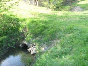 Cours d'eau la Fontaine Bouillante