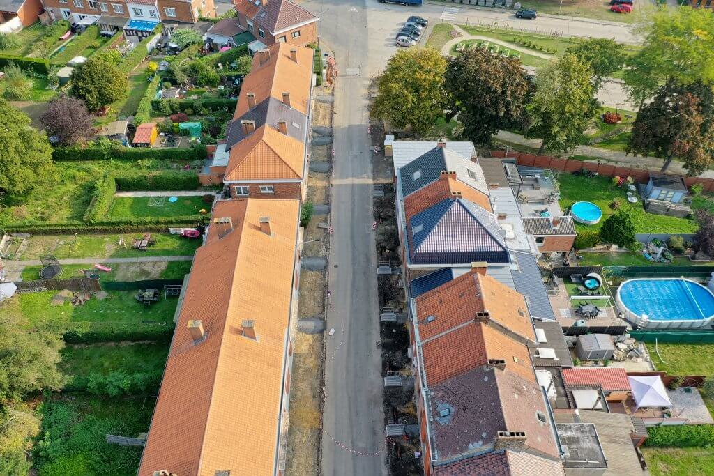 photo drone nouveaux trottoirs rue de Flegnies