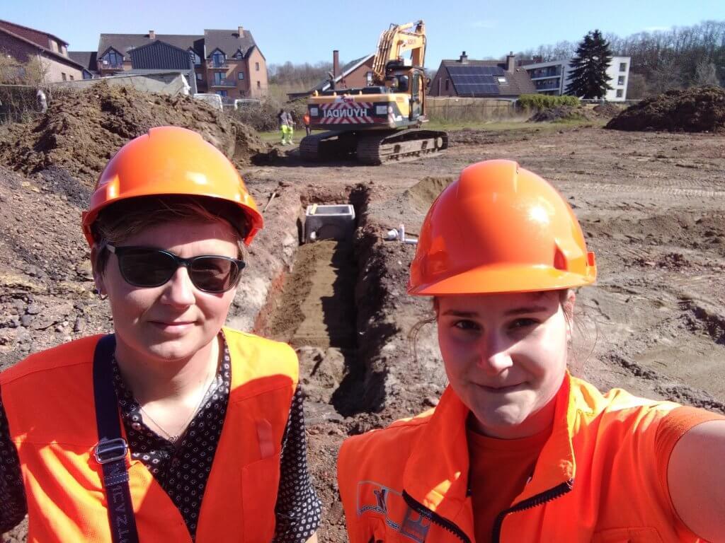 Nos collègues Evelyne et Alisson sur le chantier